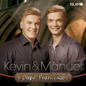 Kevin_und_Manuel_Papa_Francesco_Album_4053804307482_FINAL